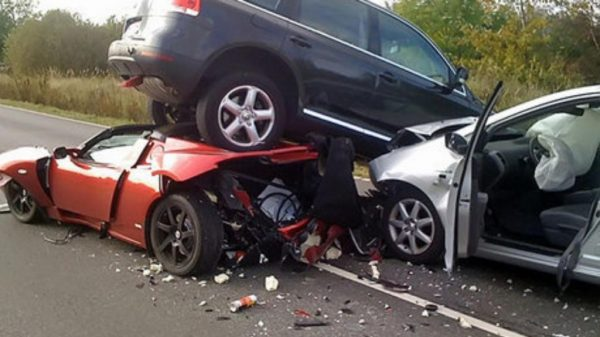 car-crash-accident-1024x576-600x337