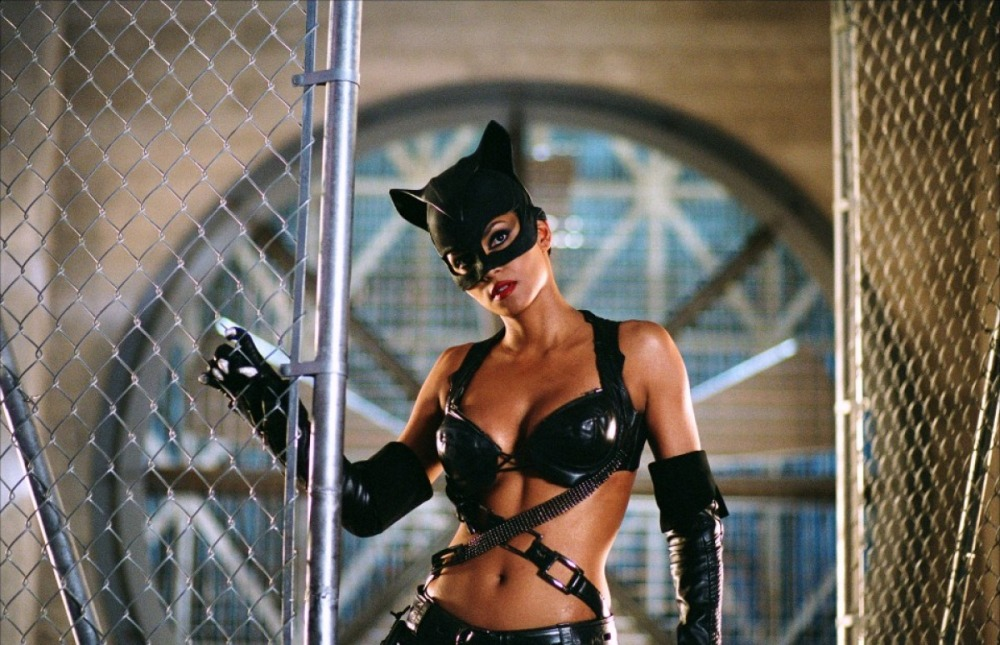 Halle Berry as Catwoman (3)